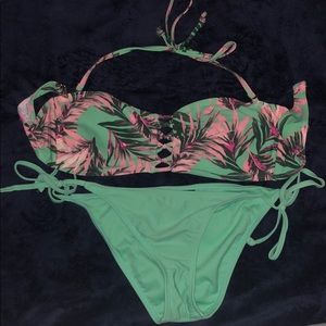 Other - Mint green floral bathing suit